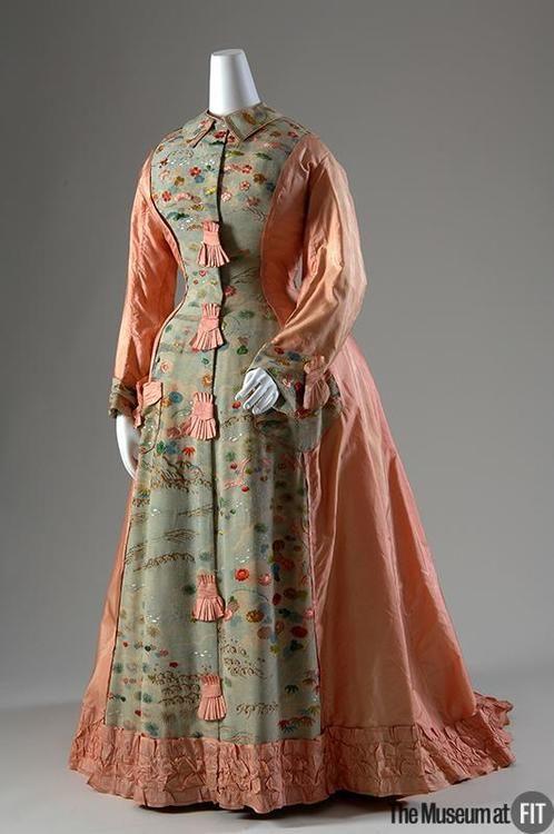 1870 Tea Gown