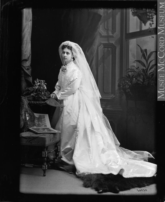 Wedding Dress_1871_1
