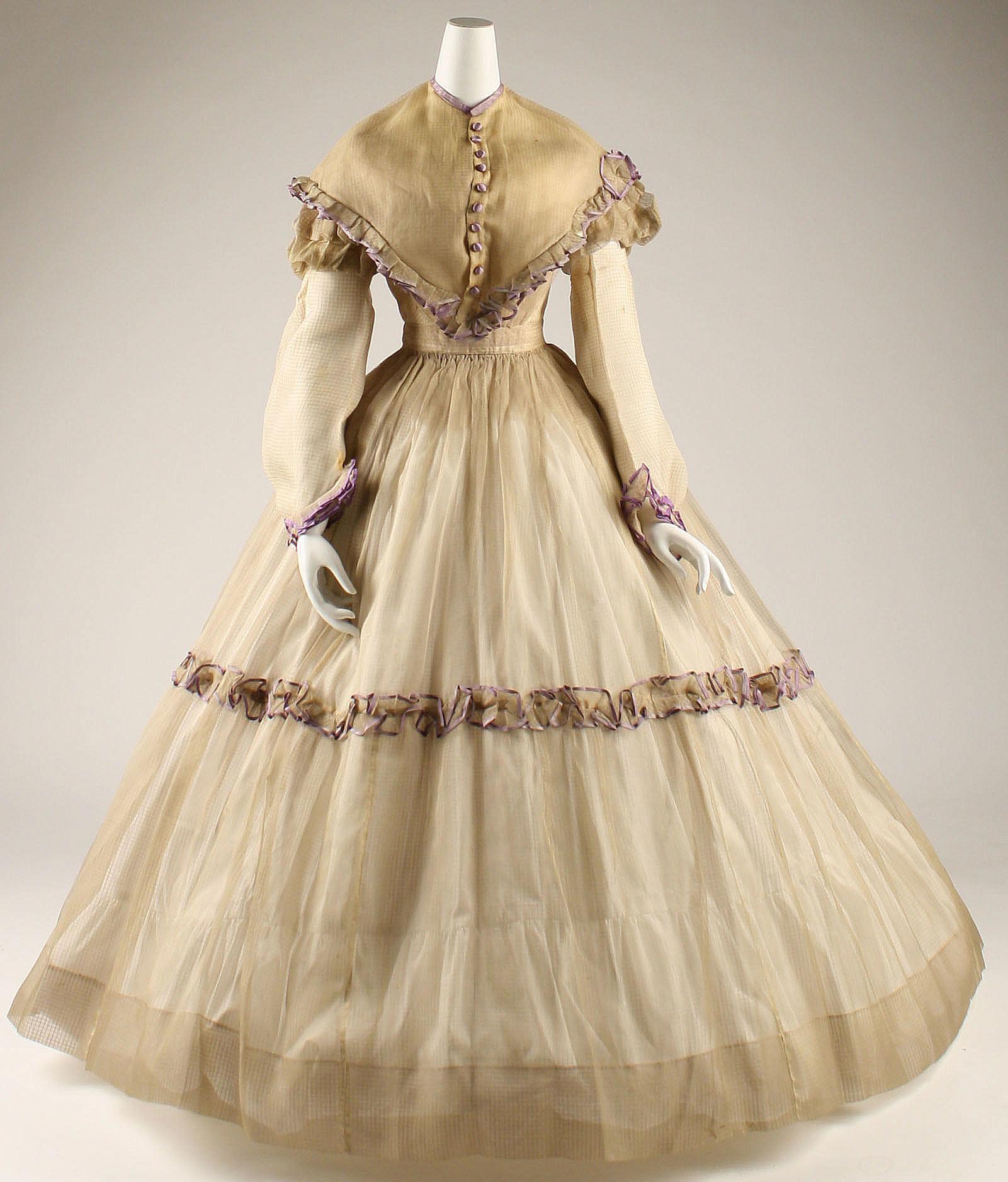 Pina Wedding Gown: Piña Cloth