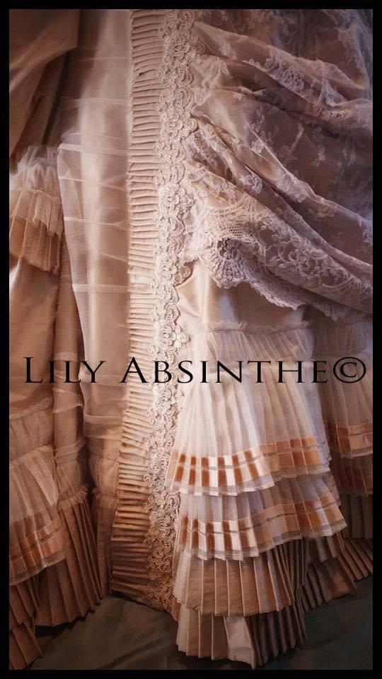 Lily Absinthe Status1