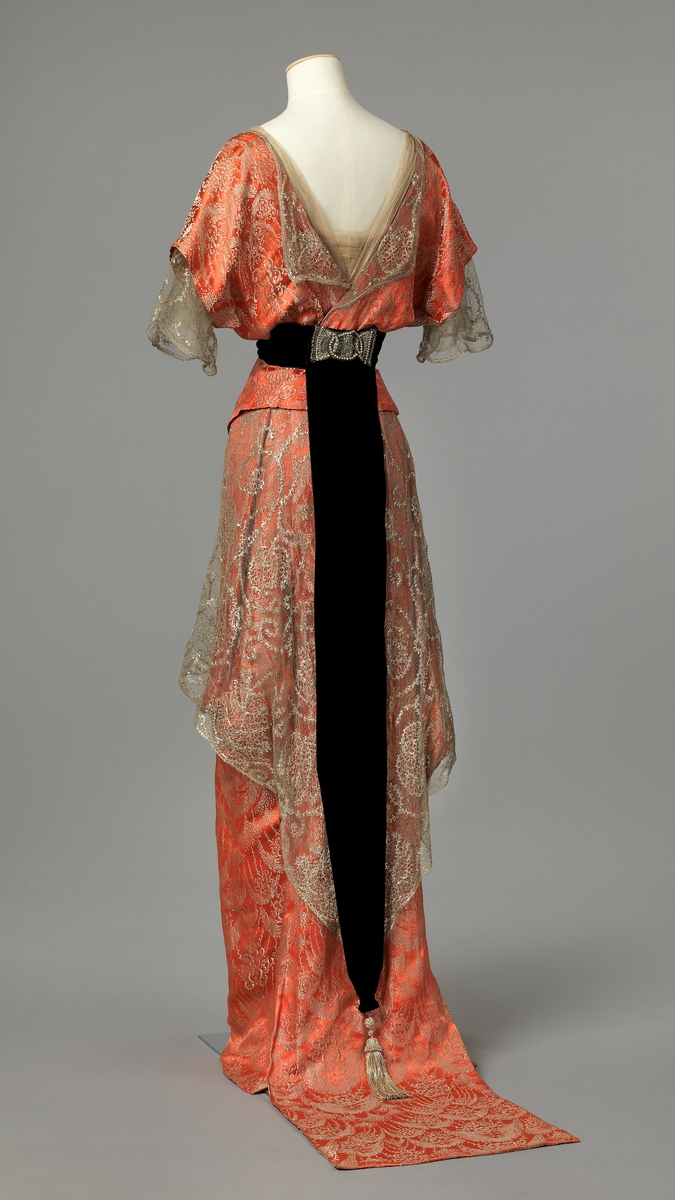 1913 – 1914 Evening Gown | Lily Absinthe