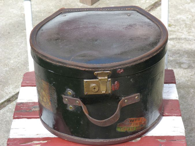 Top Hat Box c. 1910