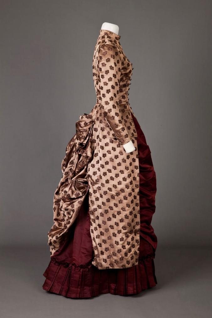 Day Dress 1885-86 4