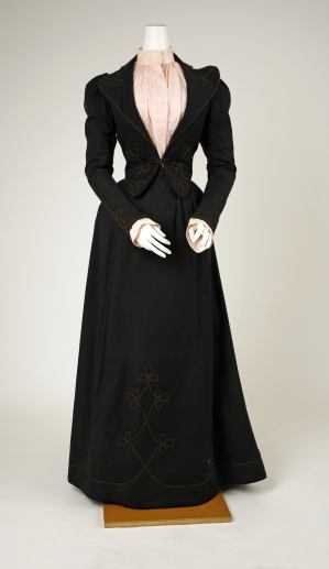 Walking Suit, 1892; Metropolitan Museum of Art (C.I.53.72.9a–c)