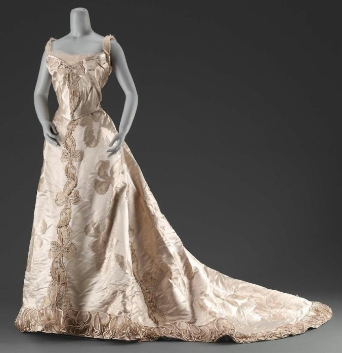 Evening Dress Ball Gown c. 1895 Worth
