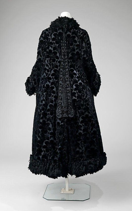 Cloak Pingat c. 1888 - 1890