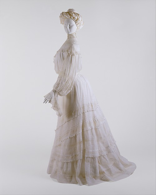 Day Dress 1902 - 1904